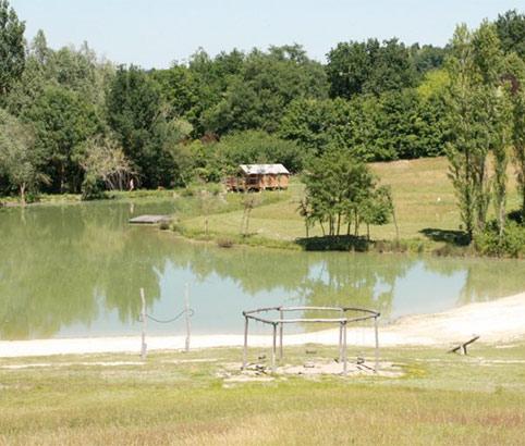 étang de pêche privé